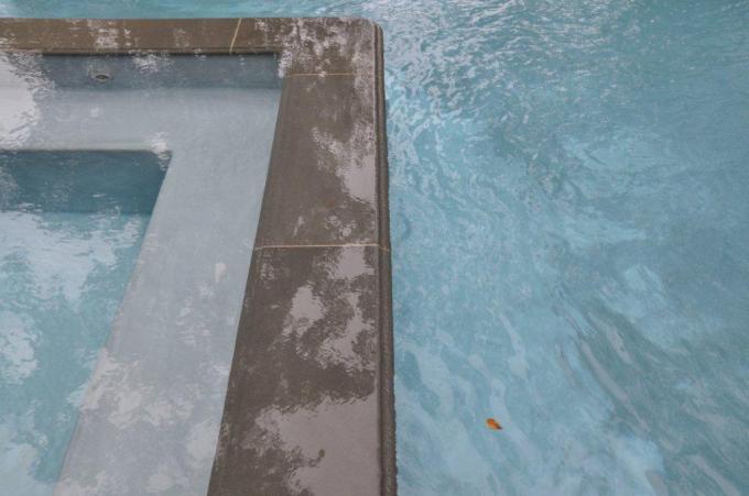 blue pool2